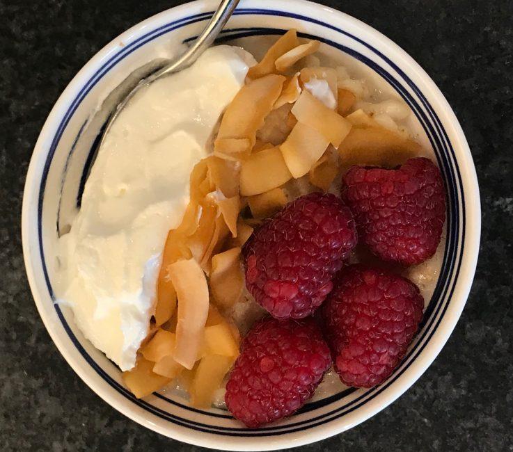 Porridge with Raspberries and Coconut recipe
